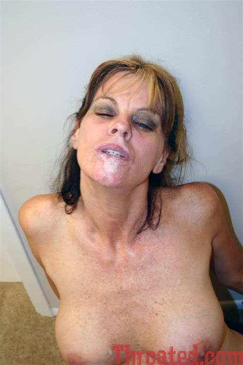 Big ass amateur milf gets a messy facial porn video jpg 952x1434